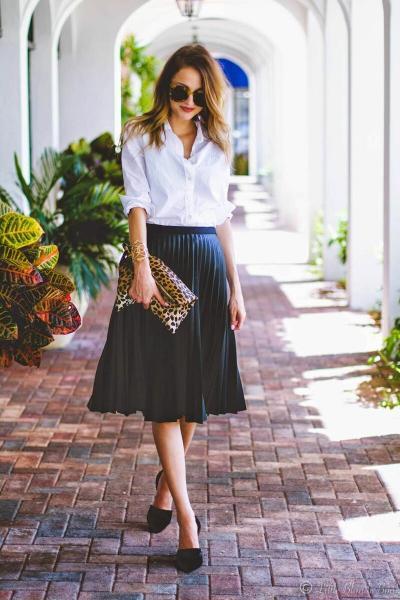 Белая рубашка после 50+: как носить, с чем сочетать, где купить