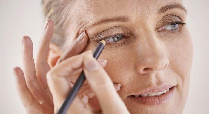 Как после 40 лет выглядеть моложе без «уколов красоты»: 9 советов