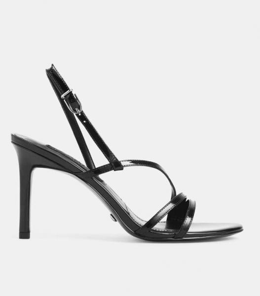 Рассказывем, какие 6 главных трендов босоножек и сандалий будут на пике популярности летом 2020