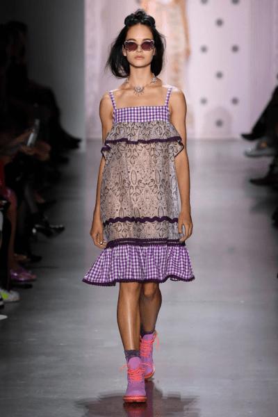 Встречаем весну: какие платья мы будем носить в 2020