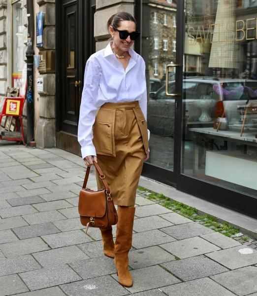 10 нескучных образов с белой рубашкой, которые можно повторить женщине после 45
