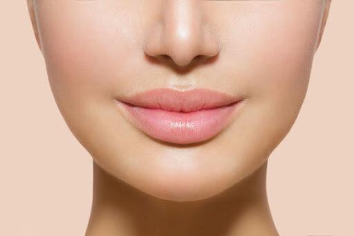 2 эффективные маски, которые визуально увеличивают мне губы и отлично за ними ухаживают