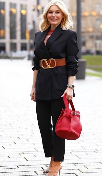 Уловки для создания стильного образа на примере женщины 50+