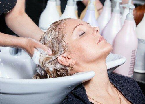 Я больше не хочу пользоваться салонными процедурами для волос за 5000, потому что нашла альтернативу за 55 рублей