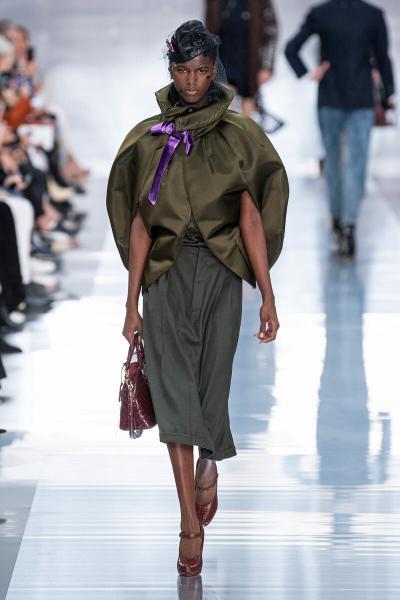 Подиумная мода vs реальная мода? Бонус: 10 модных вещей до 7000 рублей на лето 2020!