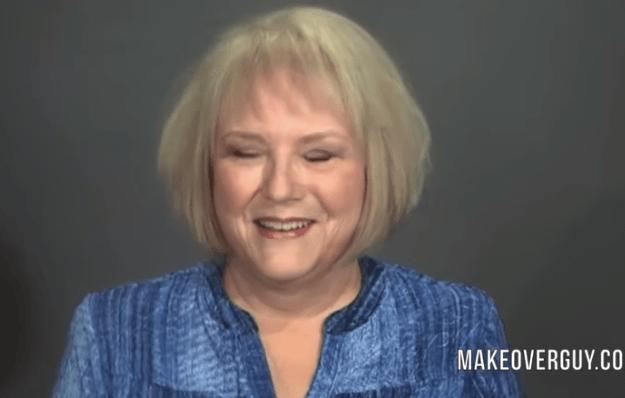 69-летняя женщина решила изменить свою внешность и сделать сюрприз мужу на 50 лет свадьбы и стилист превратил её в красавицу