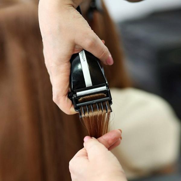 Самые бесполезные процедуры для волос, которые вам навязывают в салонах красоты – только деньги на ветер