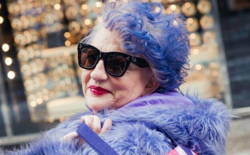 Цвета волос, которые редко идут возрастным женщинам, но они их любят и часто выбирают