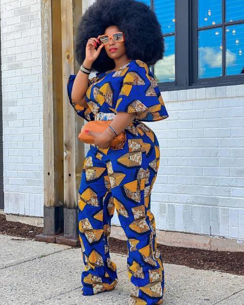Плюс-сайз модель, которая носит что хочет, доказывает что женщины с пышными формами могут выглядеть привлекательно