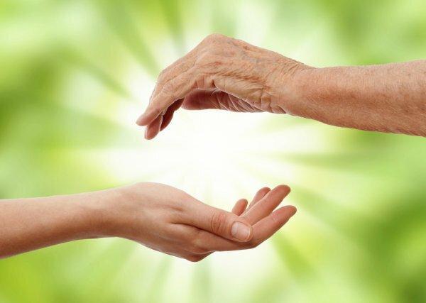 То что заставляет кожу выглядеть старше - запомни и сохрани свою молодость надолго.
