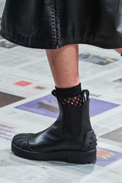 Тренд с недели моды: какие сапоги будут в моде осенью 2020-2021