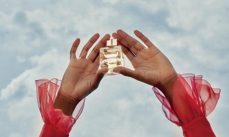 Аромат, который рекламирует Леди Гага: новинка-2020 Voce Viva от Valentino, которая станет парфюмерным хитом этой зимы