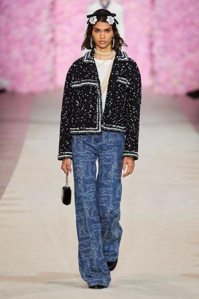 Самые стильные джинсы сезона осень-зима 2020 по мнению дизайнеров