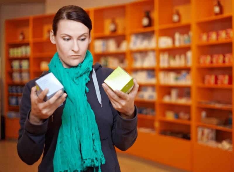 6 копеечных средств из аптеки, которые помогут бороться с морщинами