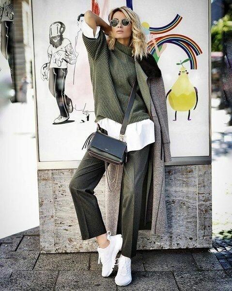 """""""Учимся у модниц"""": Стильные осенние образы для дам любых возрастов"""