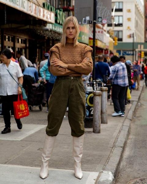 Вельветовые брюки – хит этой зимы