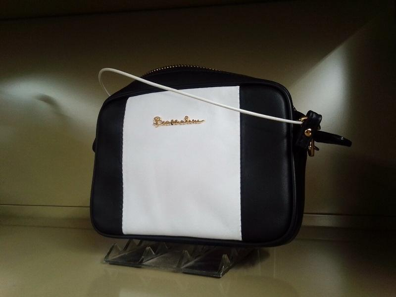 Верхняя одежда, сумки, обувь. Gold brands в Фамилии. Braccialini, Baldinini, Love Moschino и другие.
