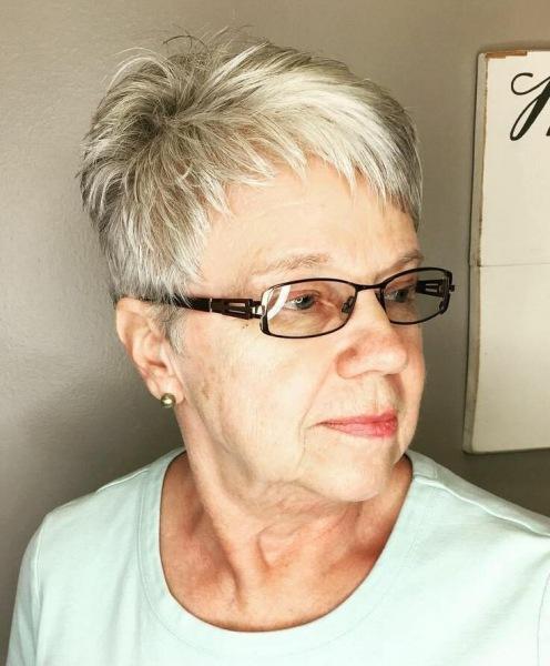 Прически, которые не подходят женщинам в возрасте 50+