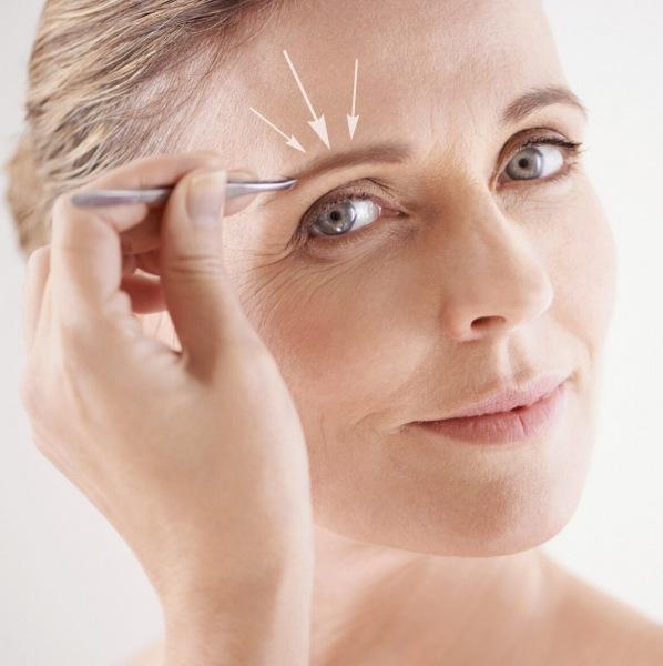 У возрастного макияжа (40-50+) тоже есть тренды: как советуют краситься топовые визажисты в 2021 году