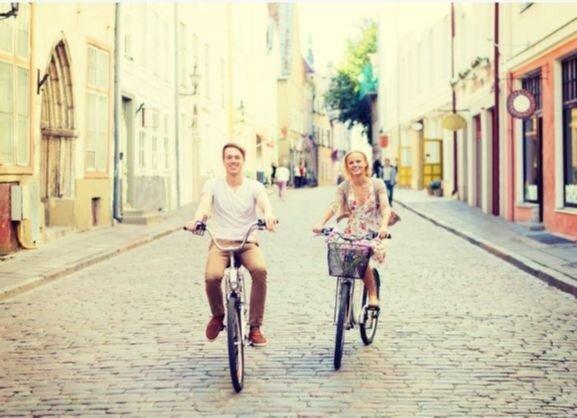 12 психологических трюков, чтобы заставить его влюбиться в вас