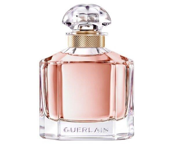 Француженка назвала свой топ-7 ароматов, которые собирают много комплиментов