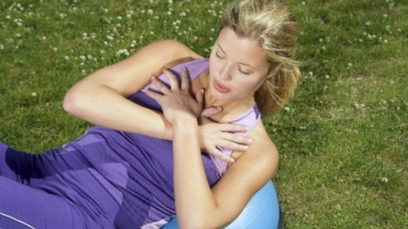 Молодей дома! Секреты молодости и здоровья шеи. Упражнения для осанки, от болей и остеохондроза шеи
