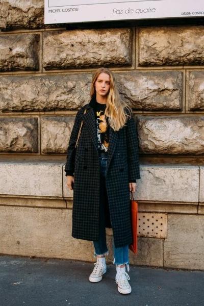 Street style 2021, что носят этой весной самые стильные девушки Парижа