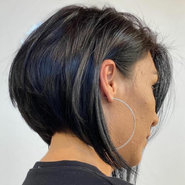 Ассиметричное боб-каре для женщин 40-50 лет: 10 идей с омолаживающим эффектом