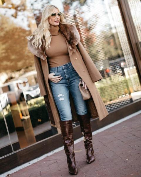 Как носить узкие джинсы дамам в 40-50 лет