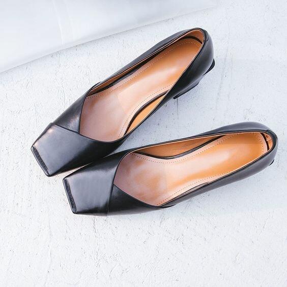 Обувь осень-зима тренды 2021: модели, которые стоит взять на заметку