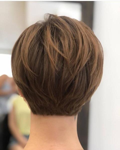 Прямые стрижки на редкие волосы: 14 идей, которые придадут шевелюре визуальный объем