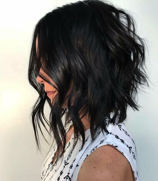 Средние стрижки без челки на тонкие волосы: 10 безупречных идей