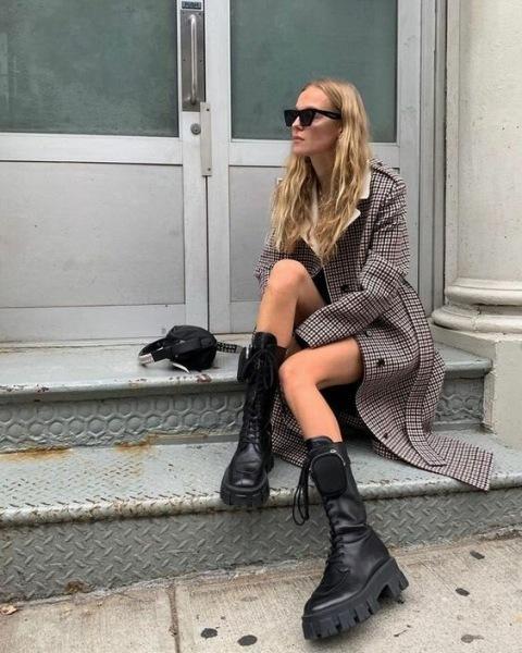 Грубые ботинки: 10 стильных образов — как у известных модниц