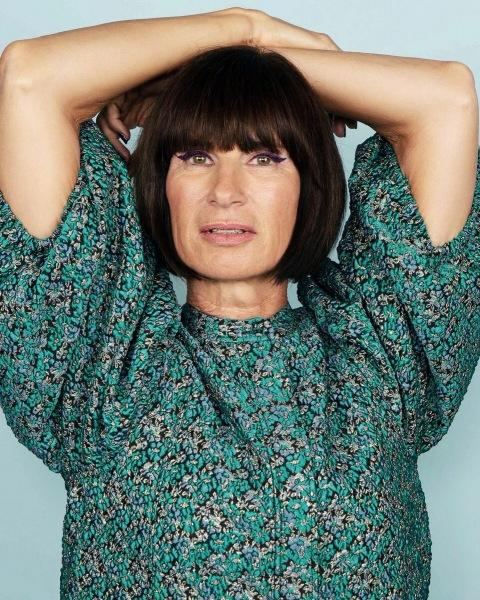Омолаживающие стрижки для женщин 60 лет: 14 способов выглядеть моложе своих лет