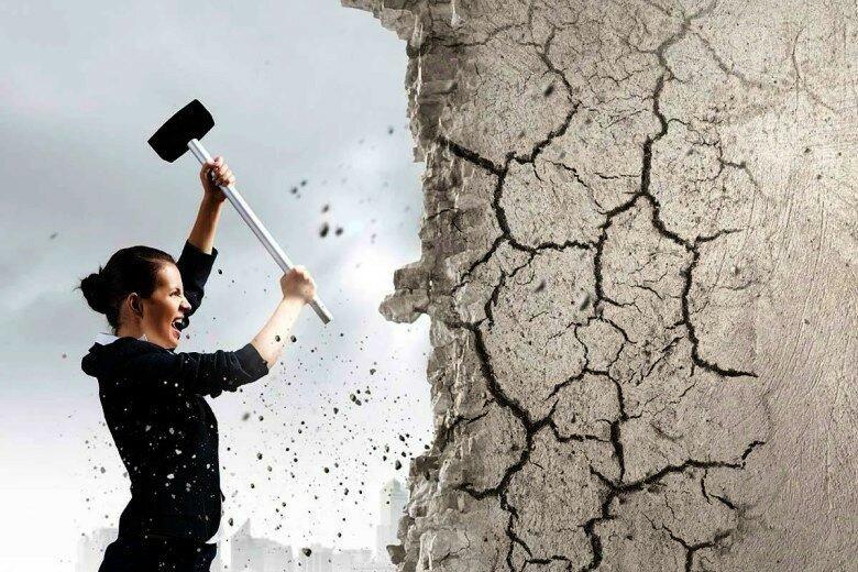 Работа или каторга? Почему мы выбираем унылый и малооплачиваемый труд